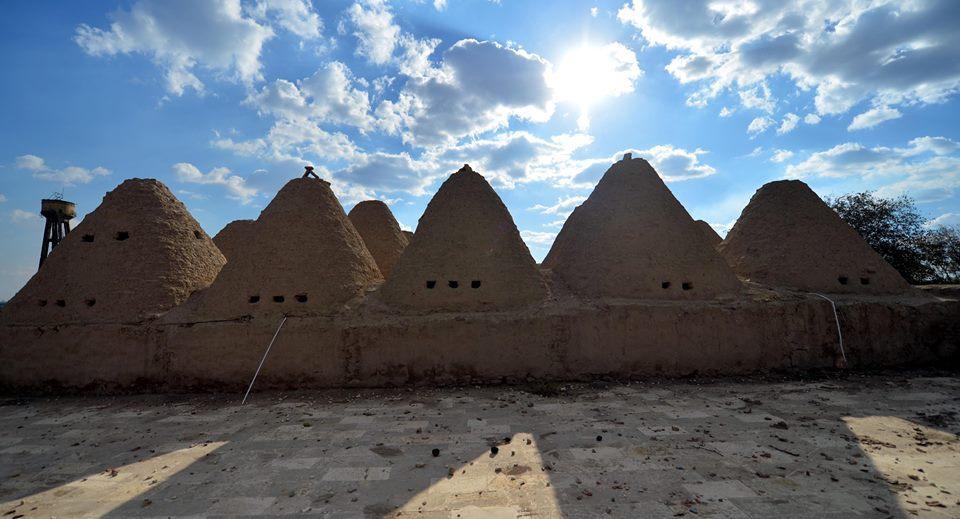 12316486 911393945595474 4914993155922097685 n 1 - مدينة حران التركية ذات المنازل المخروطية