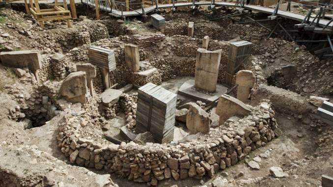 57681629 l 678x381 2 - غوبكلي تبه في شانلي أورفا تاريخ يعود إلى العصر الحجري
