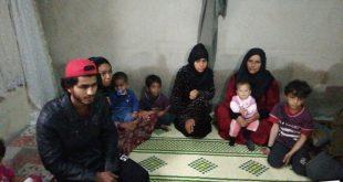 3313298 310x165 - بالفيديو : مواطن تركي يطلق حملة لمساعدة عائلة سورية تضررت من زلزال الازيغ