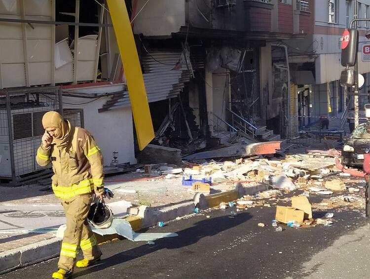 في ورشة النسيج4 - بالفيديو والصور : انفجار ورشة في ولاية اسطنبول ..وفاة شخص أجنبي وإصابة 10