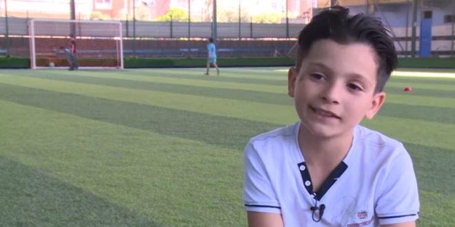 """الصغير 660x330 - """"كريستيانو الصغير """" طفل سوري في ولاية هاتاي .. الاعلام التركي يحتفي به"""