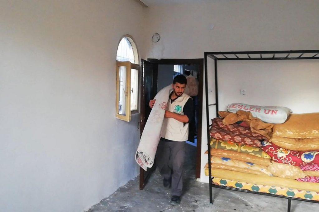 652262be4b078dc18fb8 1024x682 - جمعية تركية تقدم كامل مستلزمات المنزل لعائلة سورية في ولاية دياربكر ( صور )